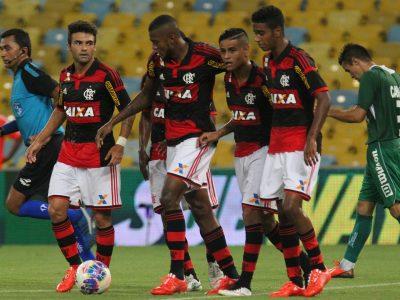 Os melhores jogadores do FLAMENGO no CartolaFC 2015