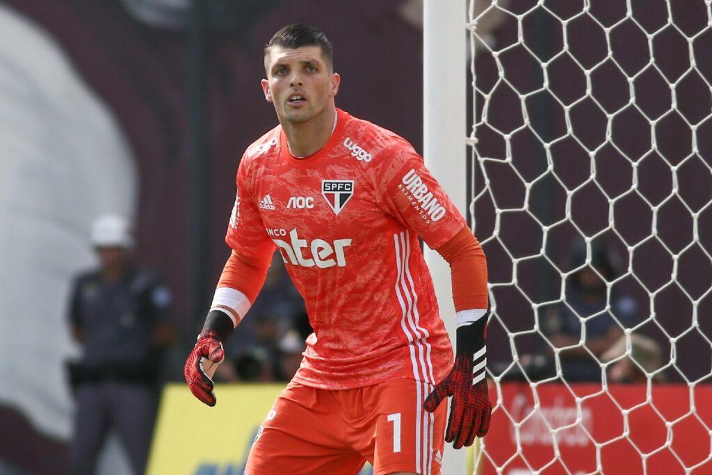 Tiago Volpi, goleiro do São Paulo.