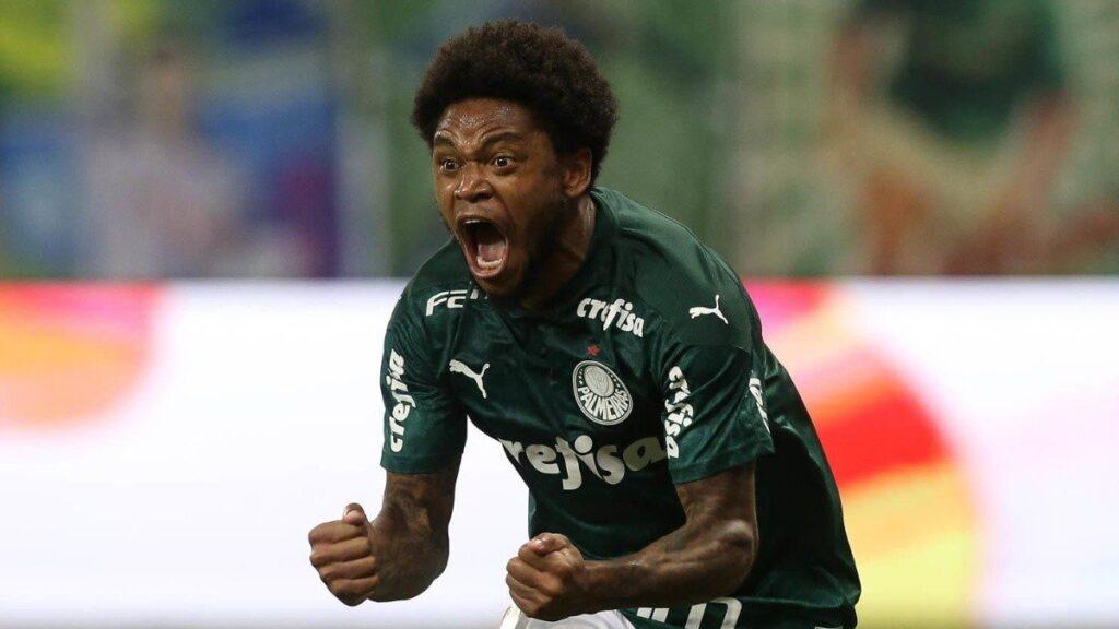Luiz Adriano, atacante do Palmeiras.