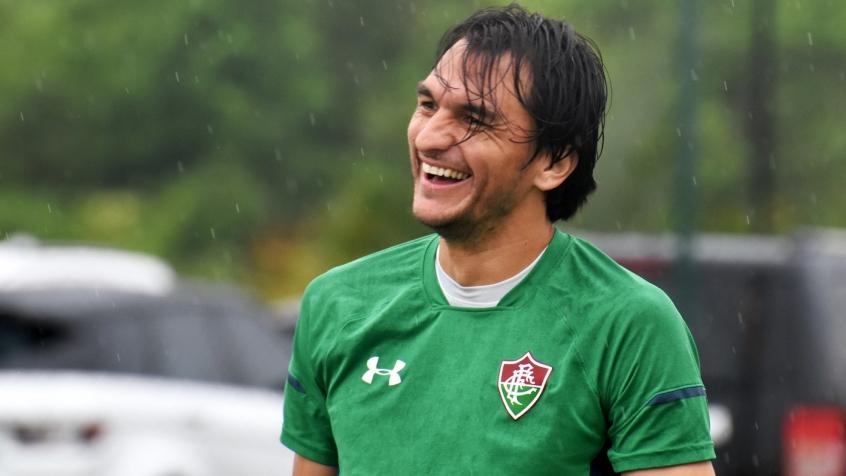 Matheus Ferraz, zagueiro do Fluminense.