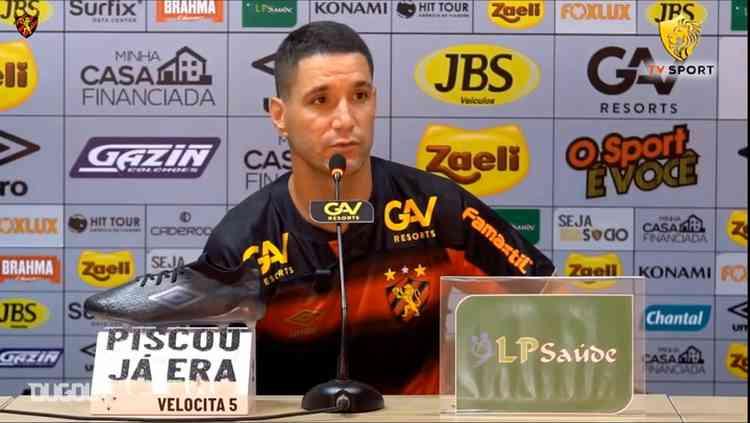 Thiago Neves, meia do Sport.