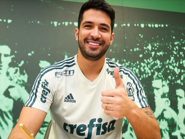 Luan, zagueiro do Palmeiras.