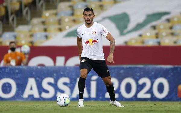 Raul, meia do Red Bull Bragantino.