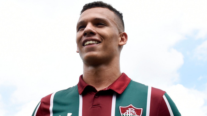 Calegari, lateral do Fluminense.