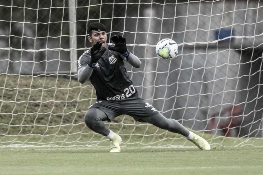 João Paulo, goleiro do Santos.