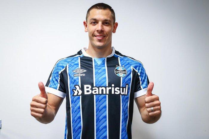 Churín, atacante do Grêmio.