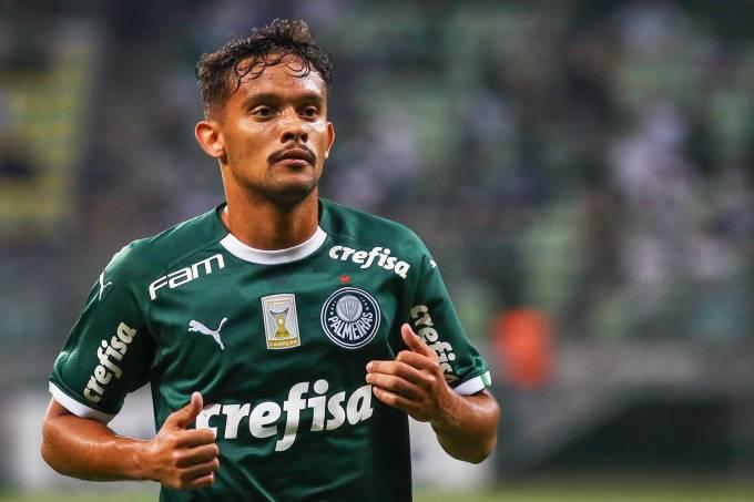Gustavo Scarpa, meia do Palmeiras.